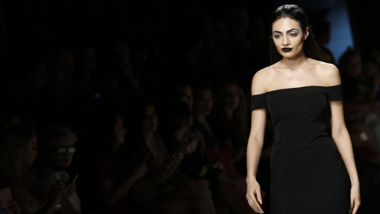 هذه الشابة هي أول عارضة أزياء إماراتية على منصات الموضة العالمية!