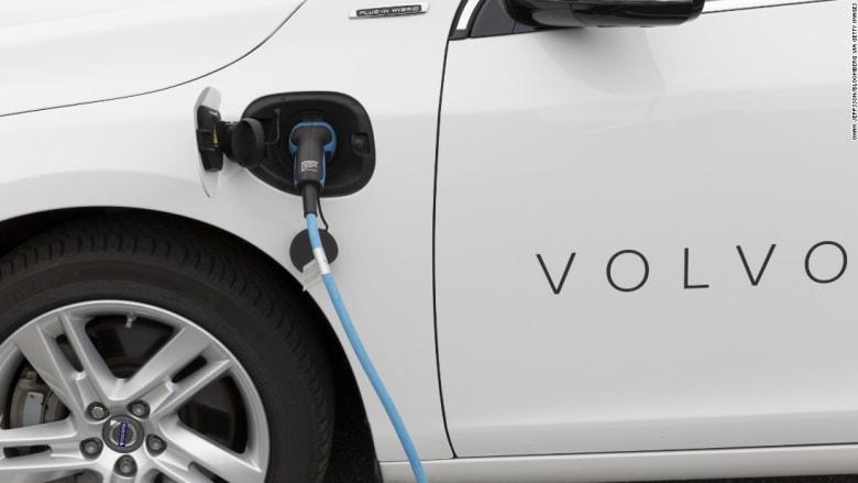 فولفو: سيارات البنزين ستصبح جزءاً من الماضي بحلول 2019