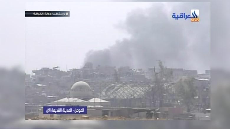 شاهد تصاعد أعمدة الدخان في القتال مع داعش بالموصل