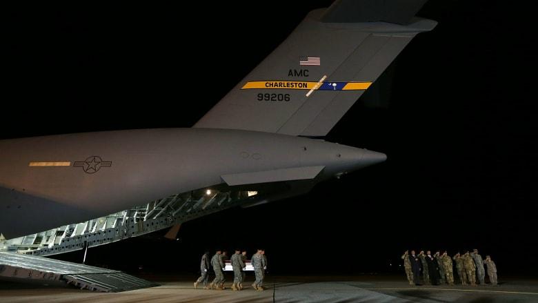 السجن مدى الحياة مع الأشغال الشاقة لجندي أردني قتل 3 جنود أمريكيين