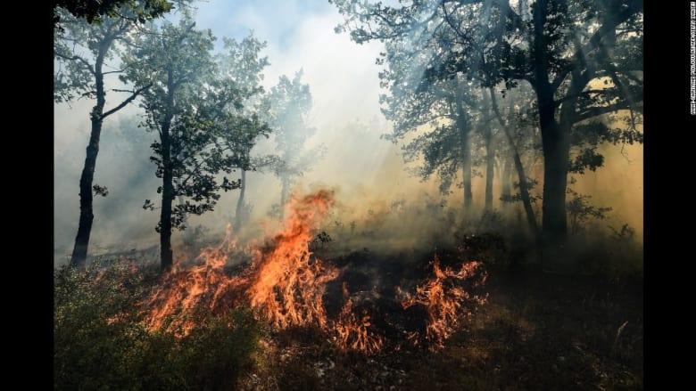 إجلاء 10 آلاف شخص بسبب حرائق في جنوب فرنسا