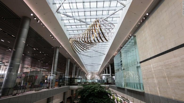 أفضل مطار في العالم أصبح أفضل بكثير!