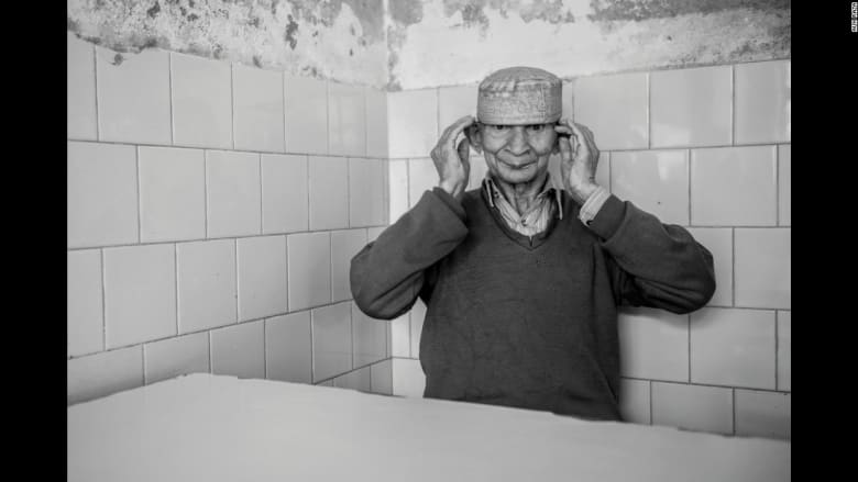 بالصور... الحياة داخل جدران مصح عقلي