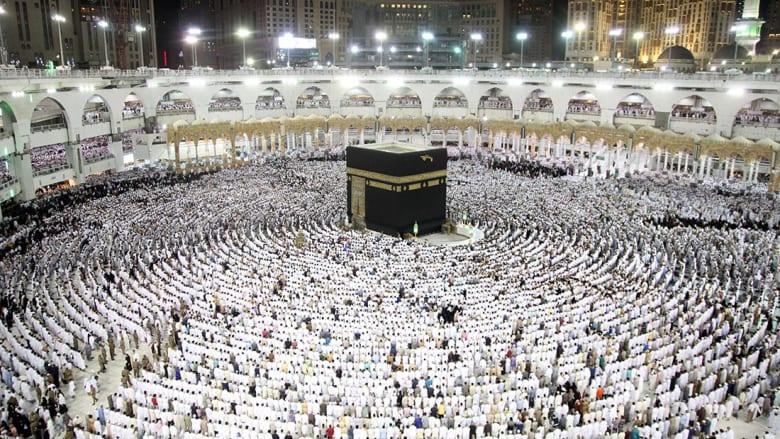الخارجية السعودية: أكثر من ألف حاج قطري وصلوا مكة
