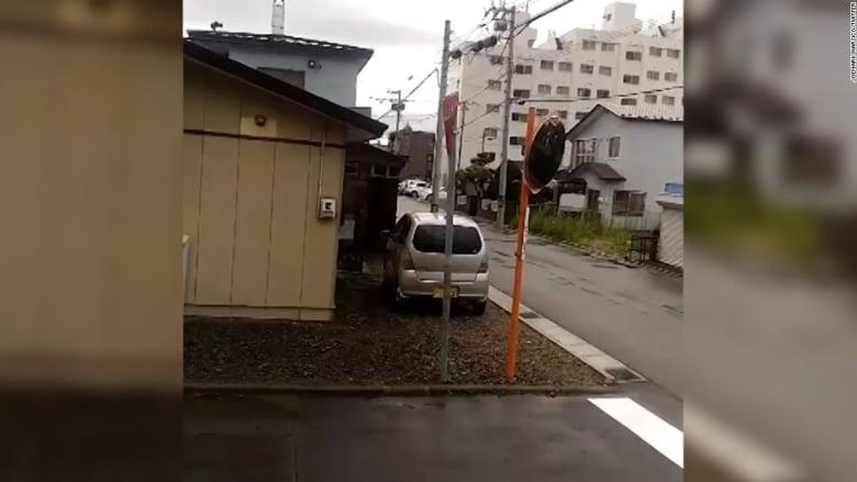 بالفيديو.. دوي صافرات الإنذار باليابان بعد عبور صاروخ كوري شمالي لأجوائها