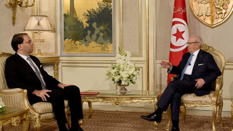 رئيس الحكومة التونسية يجري تعديلا موسعا.. هذه قائمة الوزراء الجدد