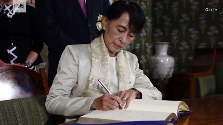 """حائزة على نوبل للسلام تصمت عن """"التطهير العرقي"""" لمسلمي الروهينغا.. من هي زعيمة ميانمار؟"""