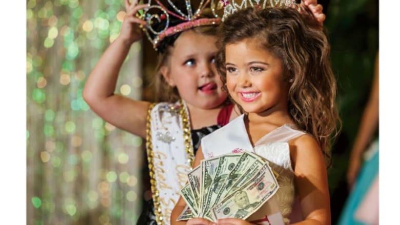 """هذه الصور تختصر """"هوس"""" الأمريكيين بالثروة والمال"""