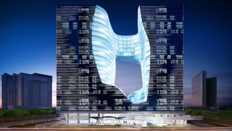 مسبح معلّق في الهواء وبرج بلمسة سواروفسكي.. هذه روائع العمارة في دبي