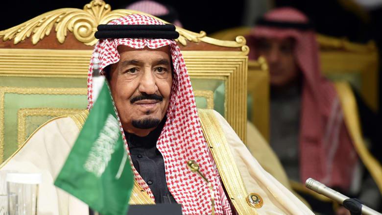العاهل السعودي يصدر أمرا يسمح للمرأة بقيادة السيارة