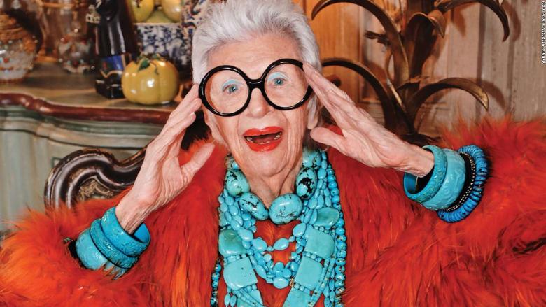 عمرها 96 عاماً..ولكنها نجمة الموضة