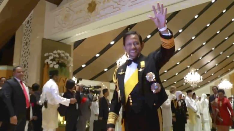 سلطان بروناي يحتفل بمرور 50 عاماً على توليه عرش السلطنة