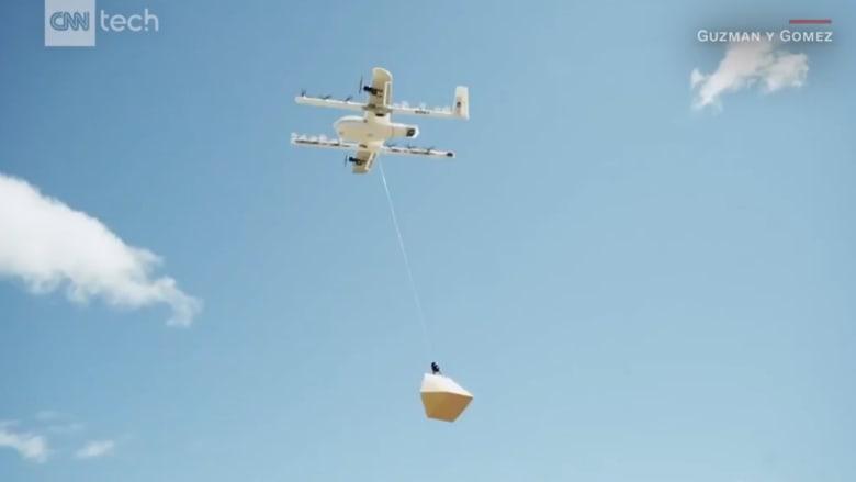 """شاهد.. وجبات """"البوريتو"""" الطائرة تحلق في سماء أستراليا"""