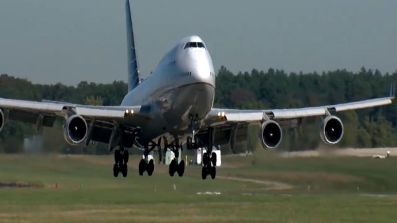 """حفل تقاعد لـ """"ملكة السماء"""".. بوينغ 747 أصبحت من الماضي"""