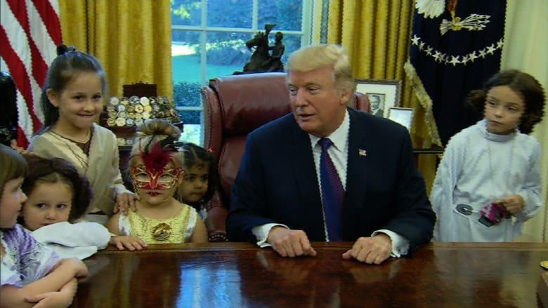 ترامب للأطفال: أراهن أن الصحافة تعاملكم بشكل أفضل