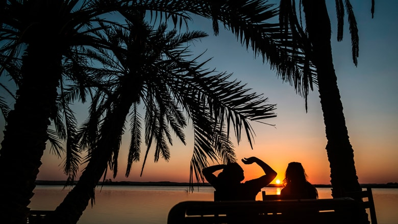 من بينها دبي والأردن وعمان ومصر.. هذه أفضل الوجهات الشتوية المشمسة!