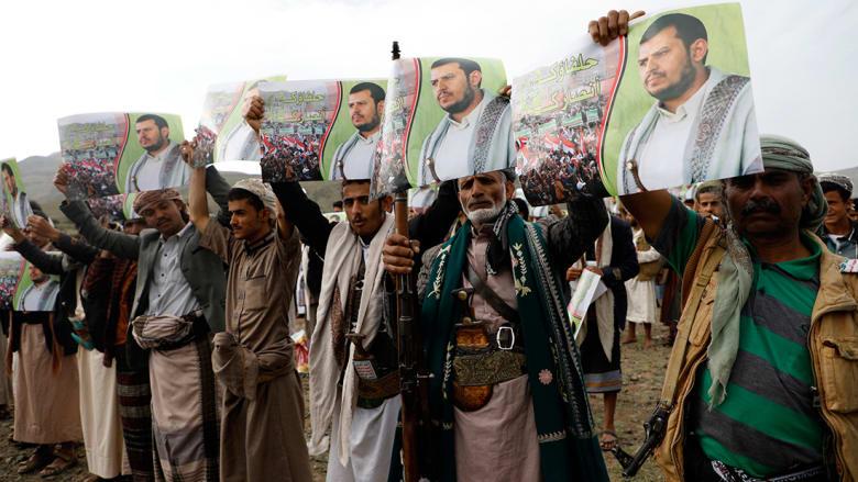 قرقاش: استهداف الرياض بصاروخ يضع الأولويات بنصابها