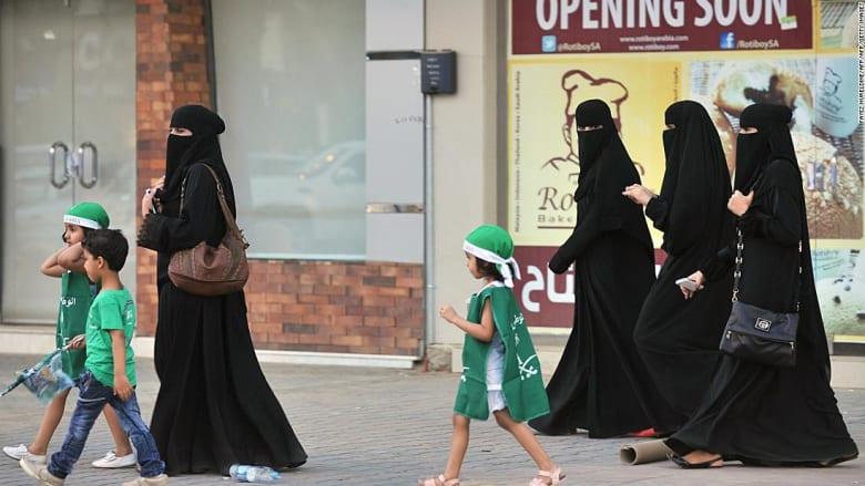شاهد ردود أفعال سعوديين عن توقيف أمراء ومسؤولين