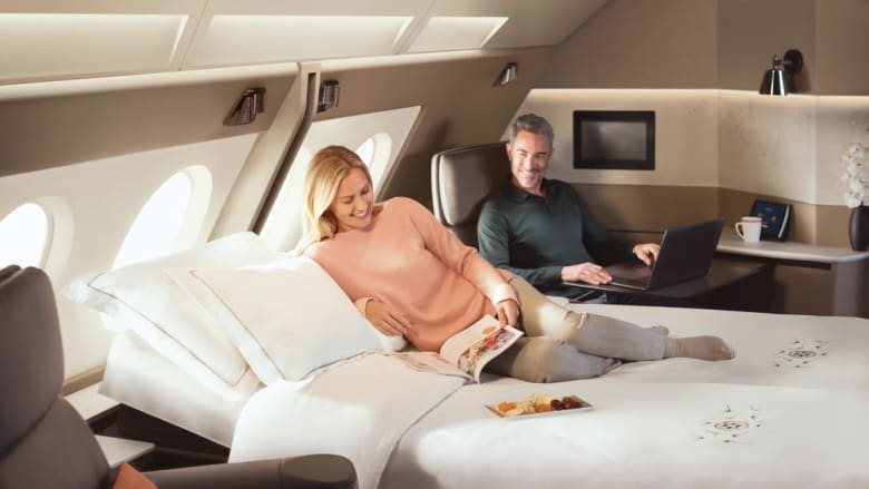 """بقيمة 850 مليون دولار.. شاهد """"ثورة"""" الأسرّة في الطائرات"""