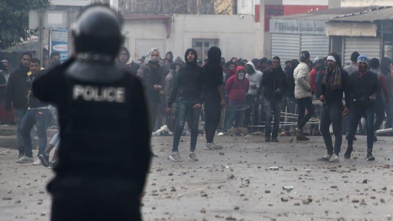 """النهضة التونسية تحذر من """"الفوضى"""" في الاحتجاجات.. والغنوشي: كلام الهمامي """"فارغ"""""""