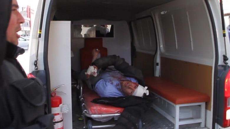 شاهد.. ارتفاع عدد ضحايا انفجار مركبة بكابول إلى 103 قتلى و235 مصاباً