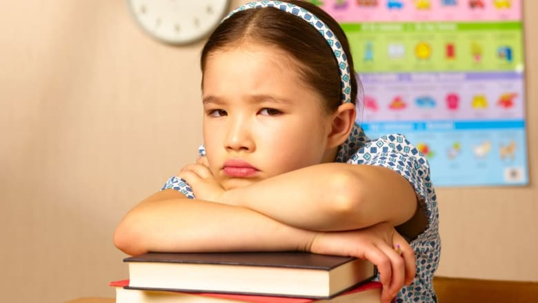 هل يجب أن تسمح لأطفالك بالفشل؟ إليك الإجابة
