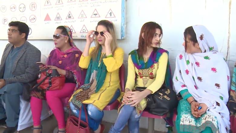 باكستان تصدر رخص قيادة بدون تحديد الجنس للمتحولين