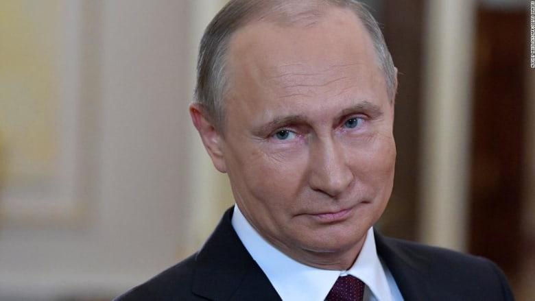 كيف رد بوتين على إلحاح صحفية بأسئلة حول انتخابات أمريكا؟