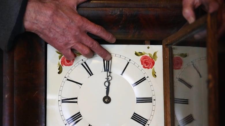 ما هو الانقلاب الصيفي؟ ولماذا نغير وقت الساعة؟