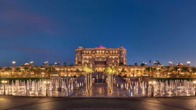 ألف ليلة وليلة.. في فندق قصر الإمارات الخيالي