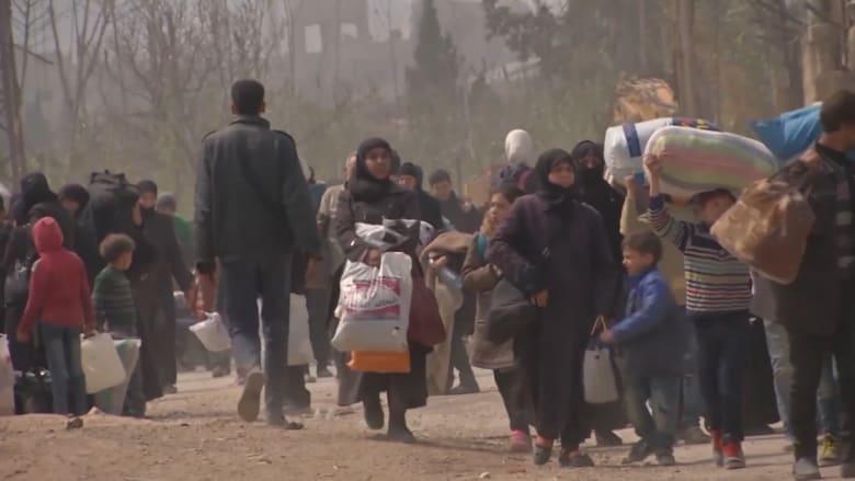 شاهد.. نازحون من الغوطة الشرقية يجدون الأمان في دمشق