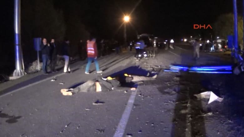 مقتل 17 مهاجرا غير مسجلين في حادث حافلة بتركيا