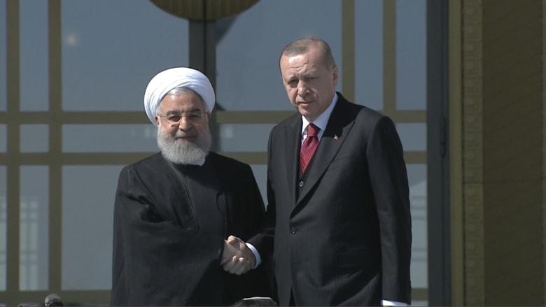 شاهد.. كيف استقبل أردوغان روحاني قبيل محادثات سوريا؟