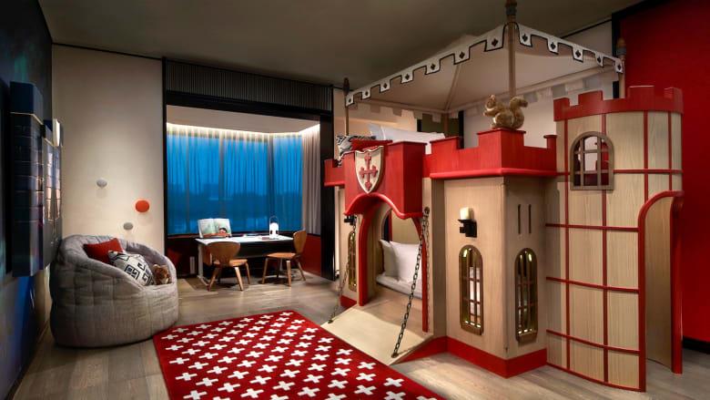 فندق مخصص للسياح الصغار..وأجنحة فاخرة من الخيال
