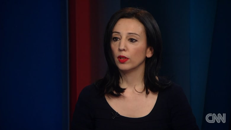 كاتبة: المعارضة السورية تشعر أن الجميع خذلها وتخلى عنها