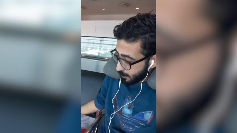 يحلم بسرير ووجبة ساخنة..سوري يعيش في المطار منذ 40 يوماً