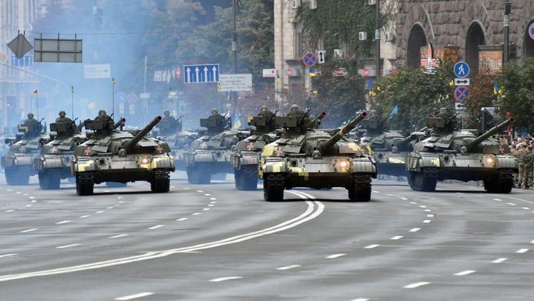 الظروف الاقتصادية تؤدي لخفض الإنفاق العسكري الروسي لأول مرة منذ 20 عاما