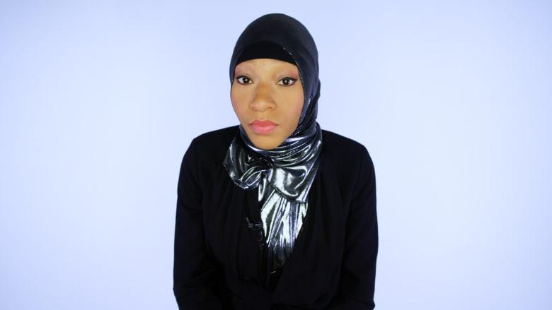 نايلة لايموس.. عارضة أزياء مسلمة ومحتشمة في أمريكا