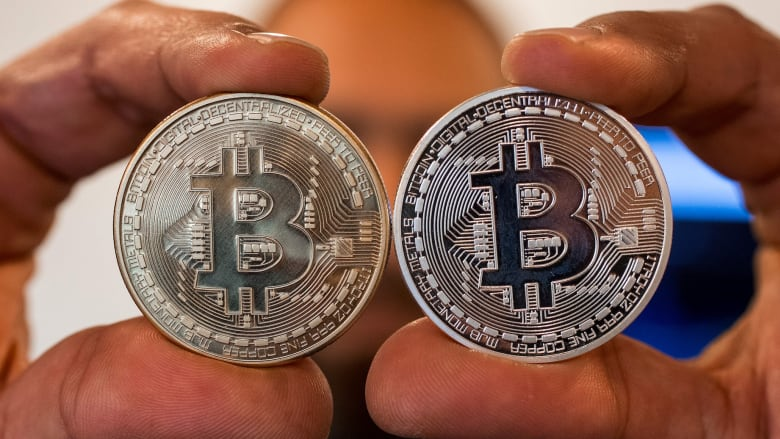 ما هي أسباب صعوبة تقليل مخاطر الإستثمار في العملات الرقمية؟