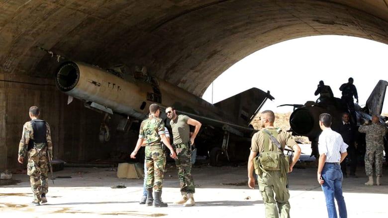 """النظام السوري يعلن تعرض مطار الضبعة العسكري لـ""""عدوان"""" صاروخي"""