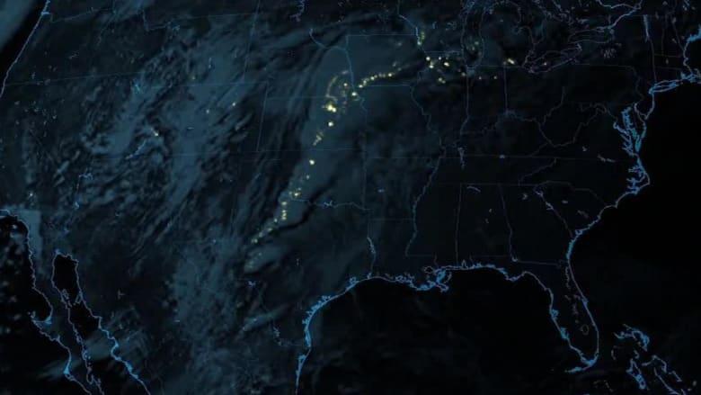 للمرة الأولى.. شاهد صواعق البرق من الفضاء