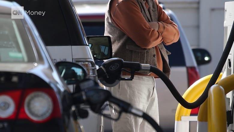 شاهد.. لماذا ترتفع أسعار الوقود؟