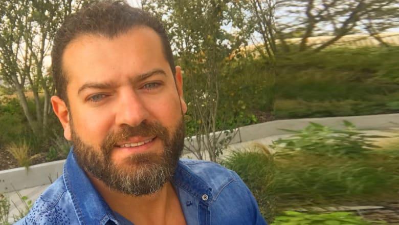 من الإعلانات إلى تقديم البرامج وحتى النجومية.. تعرفوا إلى عمرو يوسف