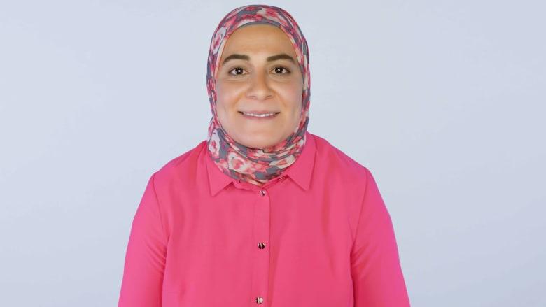 """فريال سالم.. أمريكية مسلمة أثّرت """"نظرية التطور"""" على نشأتها"""