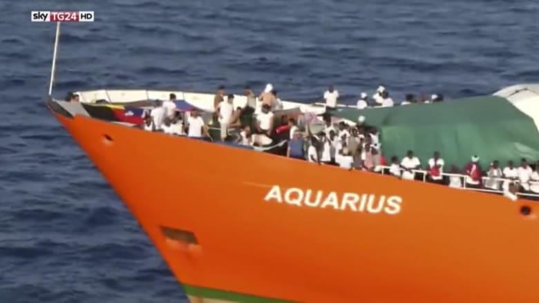 سفينة مهاجرين عالقة بين مالطا وإيطاليا منذ أيام