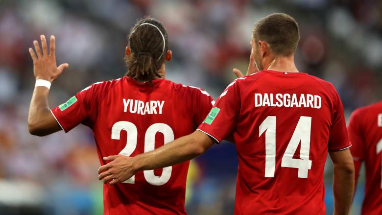 رغم تألق البيرو.. الدنمارك تقتنص الفوز وتلحق بفرنسا