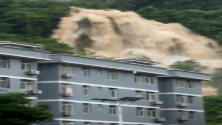 شاهد.. فيضانات ضخمة تضرب الصين