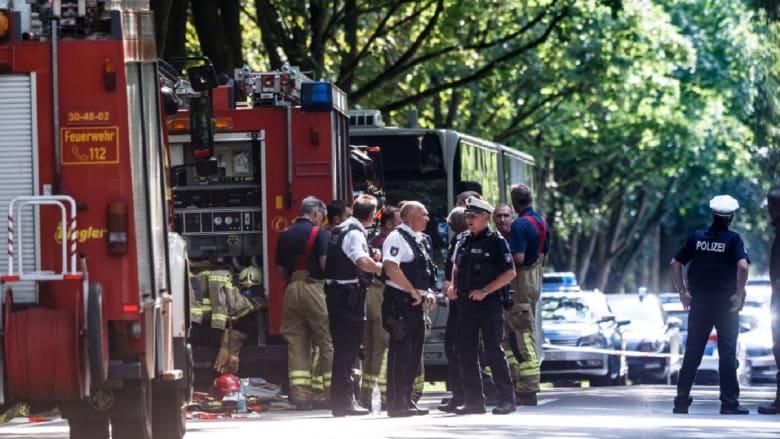 هجوم بسكين داخل حافلة في ألمانيا.. ماذا حدث؟