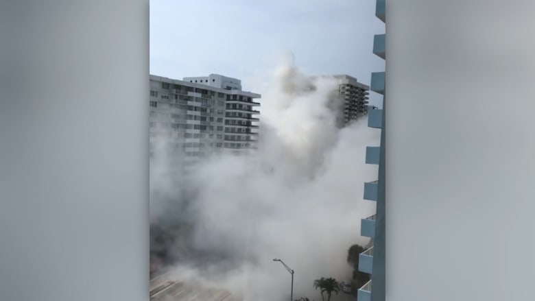 شاهد.. انهيار مفاجئ لمبنى من 12 طابقاً في شاطئ ميامي