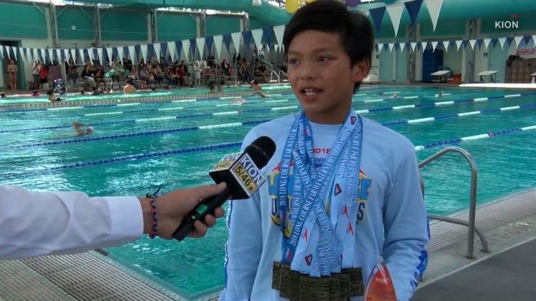 صبي بعمر 10 سنوات يكسر الرقم القياسي للسباح مايكل فيلبس